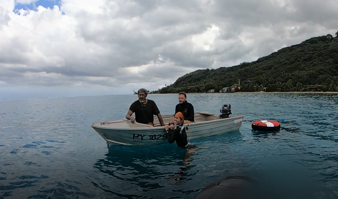 Dana out in the lagoon with another local fisher working on the CNH project (left) and SDSU collaborator Jean Wencélius (right).