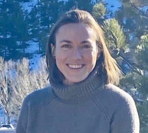 Angela Theodosopoulos headshot